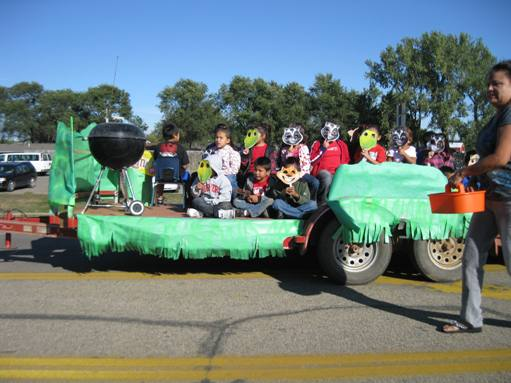 Crow Creek Homecoming Parade 2011_8